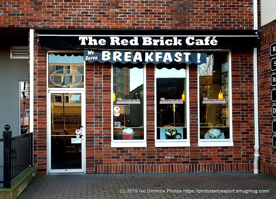 the-red-brick-cafe