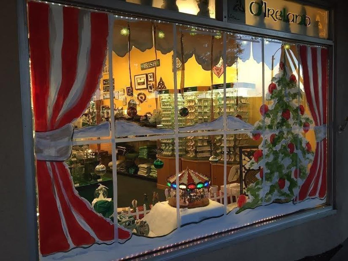 window-display-contest-vote-for-your-favorite